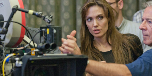 angelina-jolie-on-the-set-of-unbroken